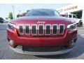 Jeep Cherokee Latitude Plus Velvet Red Pearl photo #2