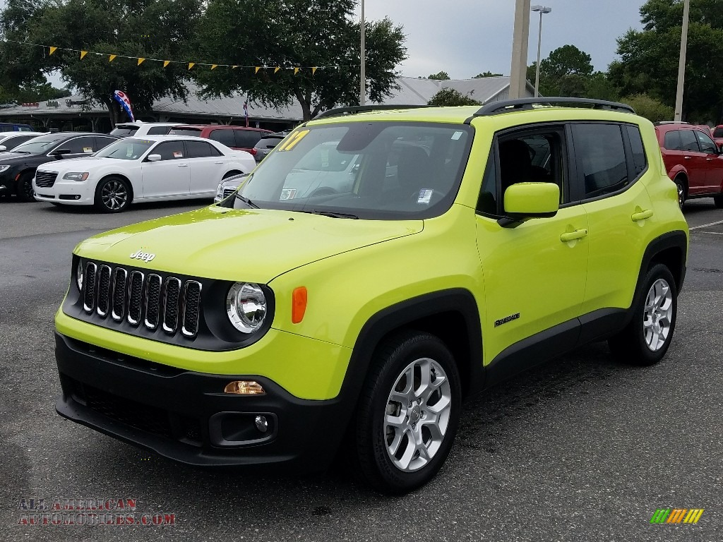 2017 Renegade Latitude - Hypergreen / Black photo #1