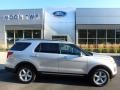 Ford Explorer XLT 4WD Ingot Silver Metallic photo #1