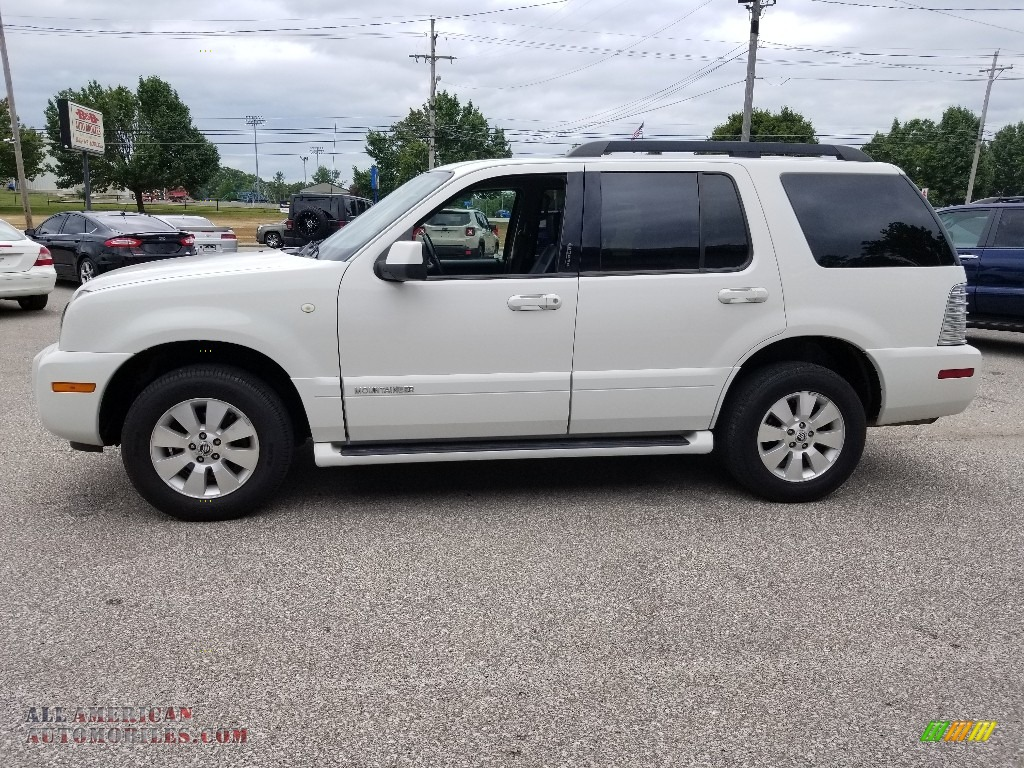 White Suede / Charcoal Black Mercury Mountaineer AWD