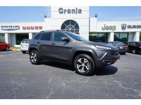 Granite Crystal Metallic 2018 Jeep Cherokee Trailhawk 4x4