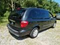 Chrysler Town & Country Touring Brilliant Black photo #7