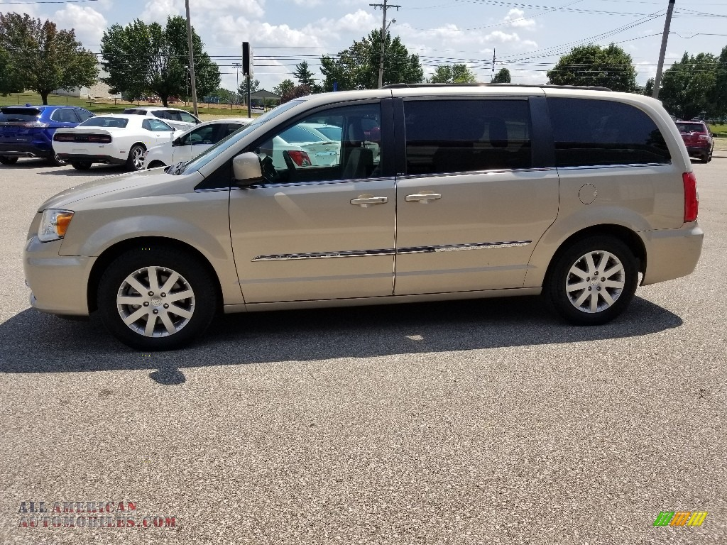 2013 Town & Country Touring - Cashmere Pearl / Dark Frost Beige/Medium Frost Beige photo #1