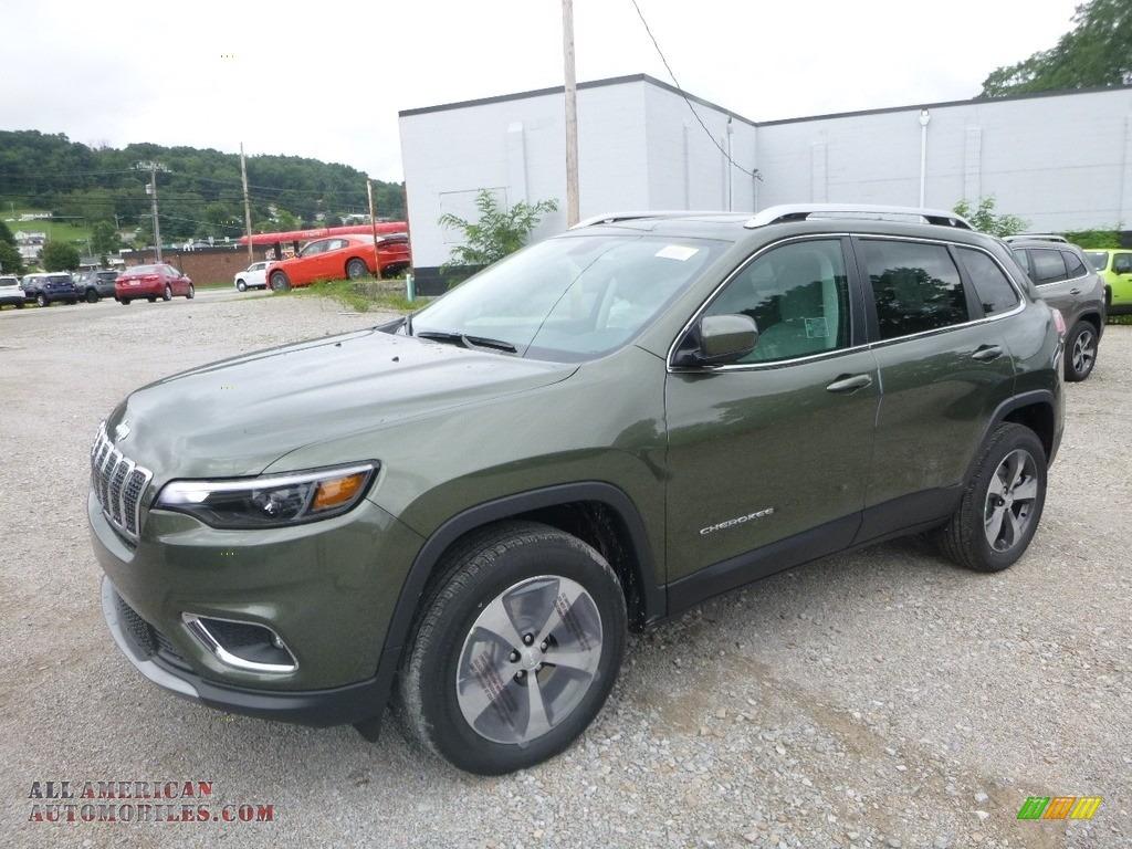 2019 Cherokee Limited 4x4 - Olive Green Pearl / Black/Ski Grey photo #1