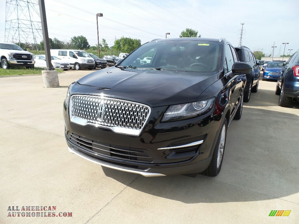 Infinite Black Metallic / Ebony Lincoln MKC FWD