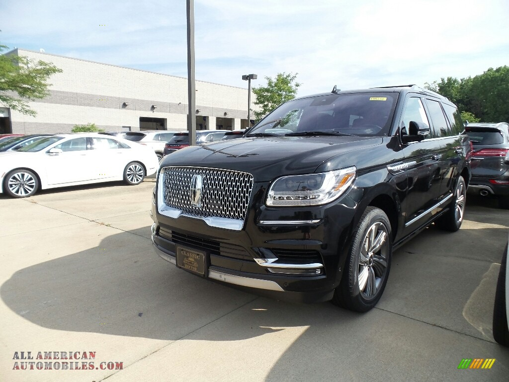 2018 Navigator Reserve 4x4 - Black Velvet / Ebony photo #1
