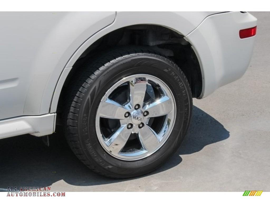 2009 Mariner Premier V6 - White Suede / Cashmere Leather/Charcoal Black photo #14