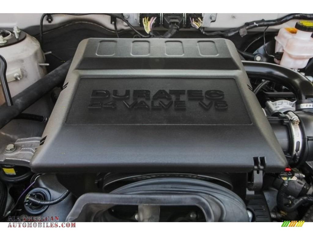2009 Mariner Premier V6 - White Suede / Cashmere Leather/Charcoal Black photo #28