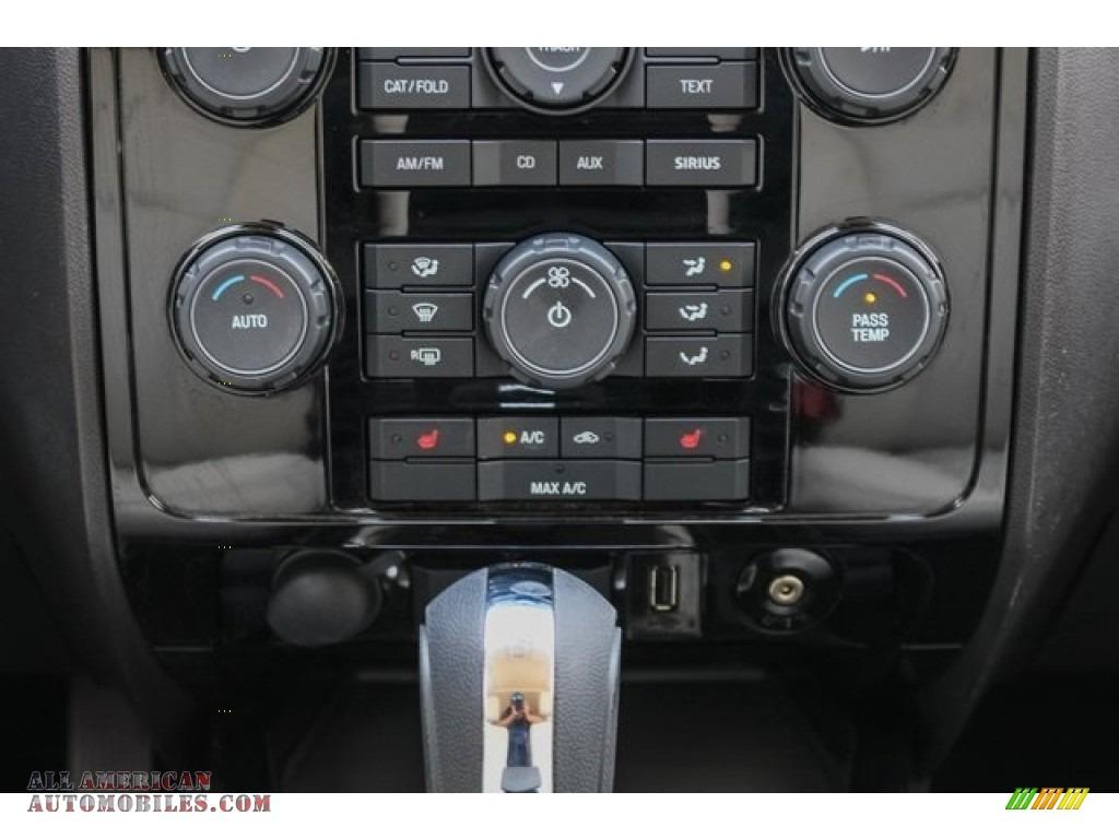 2009 Mariner Premier V6 - White Suede / Cashmere Leather/Charcoal Black photo #32