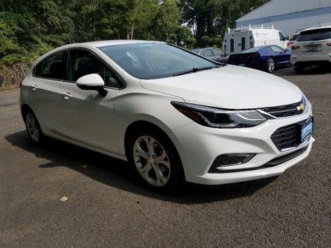 Summit White 2018 Chevrolet Cruze Premier Hatchback