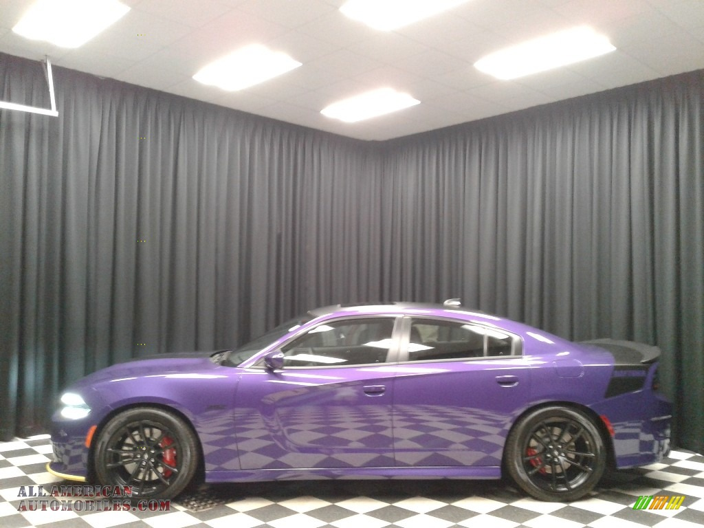2018 Charger Daytona 392 - Plum Crazy Pearl / Black photo #1