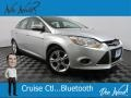 Ford Focus SE Sedan Ingot Silver photo #1