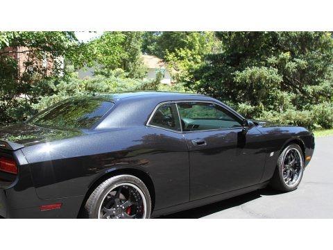 Brilliant Black Crystal Pearl 2008 Dodge Challenger SRT8