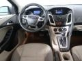 Ford Focus SE Sedan Ingot Silver photo #13