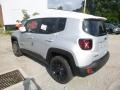 Jeep Renegade Latitude 4x4 Glacier Metallic photo #3