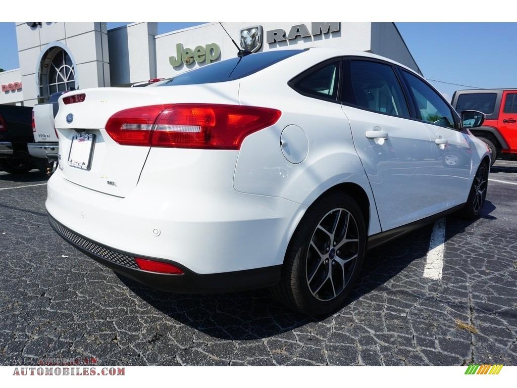 2017 Focus SEL Sedan - Oxford White / Charcoal Black photo #12
