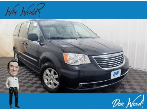 Brilliant Black Crystal Pearl 2012 Chrysler Town & Country Touring
