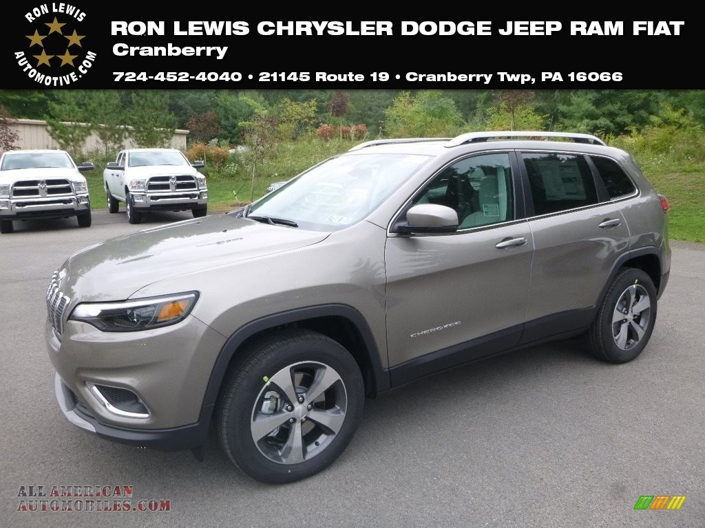 Light Brownstone Pearl / Black/Ski Grey Jeep Cherokee Limited 4x4