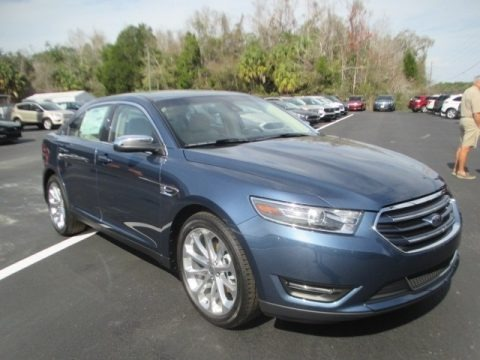 Blue 2018 Ford Taurus Limited