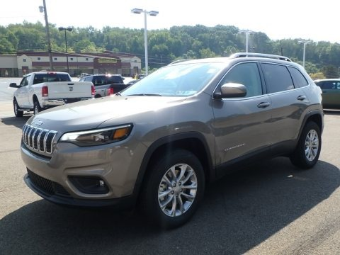 Light Brownstone Pearl 2019 Jeep Cherokee Latitude 4x4