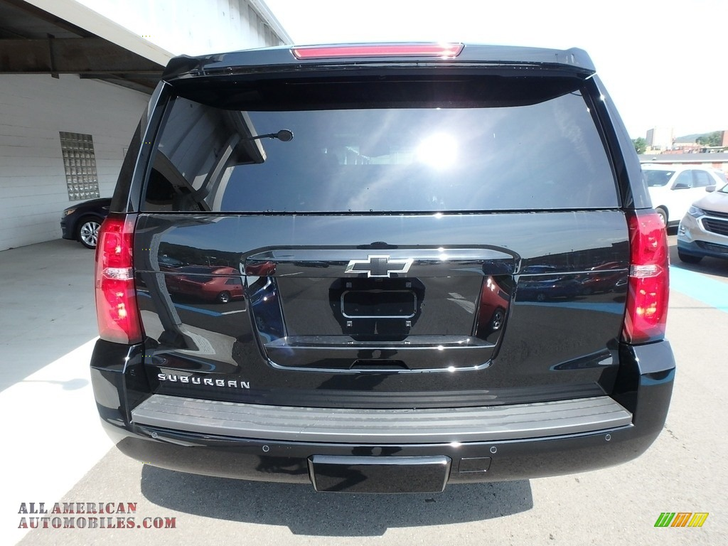 2019 Suburban LT 4WD - Black / Jet Black photo #4