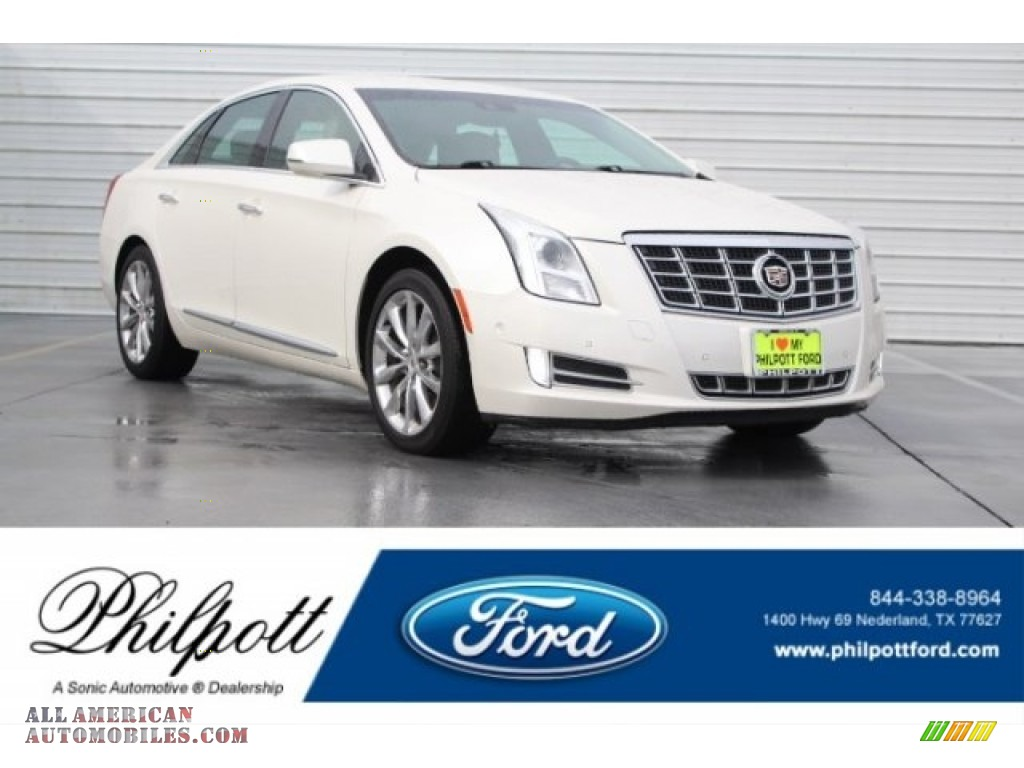 White Diamond Tricoat / Shale/Cocoa Cadillac XTS Luxury FWD