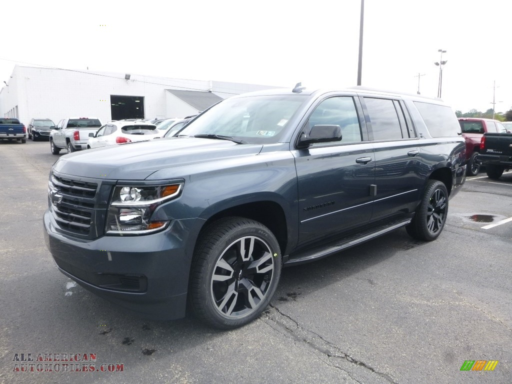 Shadow Gray Metallic / Jet Black Chevrolet Suburban LT 4WD
