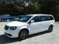 Dodge Grand Caravan SXT White Knuckle photo #1
