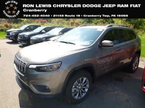 Light Brownstone Pearl 2019 Jeep Cherokee Latitude Plus 4x4