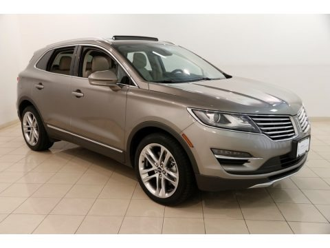 Luxe Metallic 2017 Lincoln MKC Reserve AWD