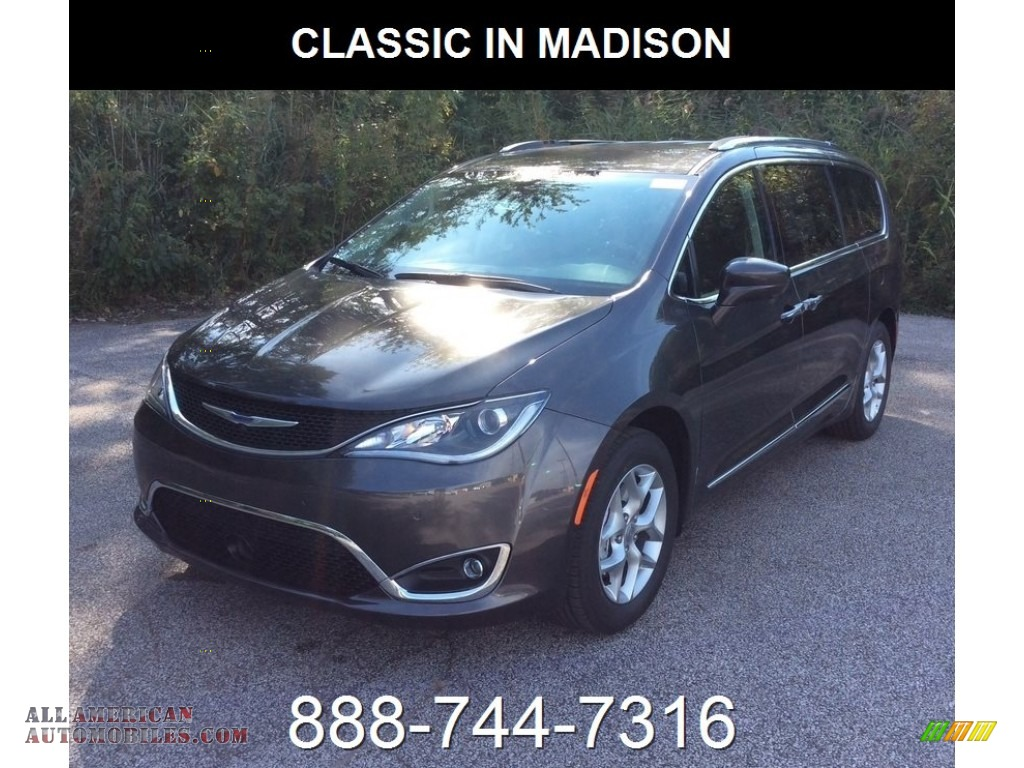 2019 Pacifica Touring L Plus - Granite Crystal Metallic / Black/Alloy photo #1
