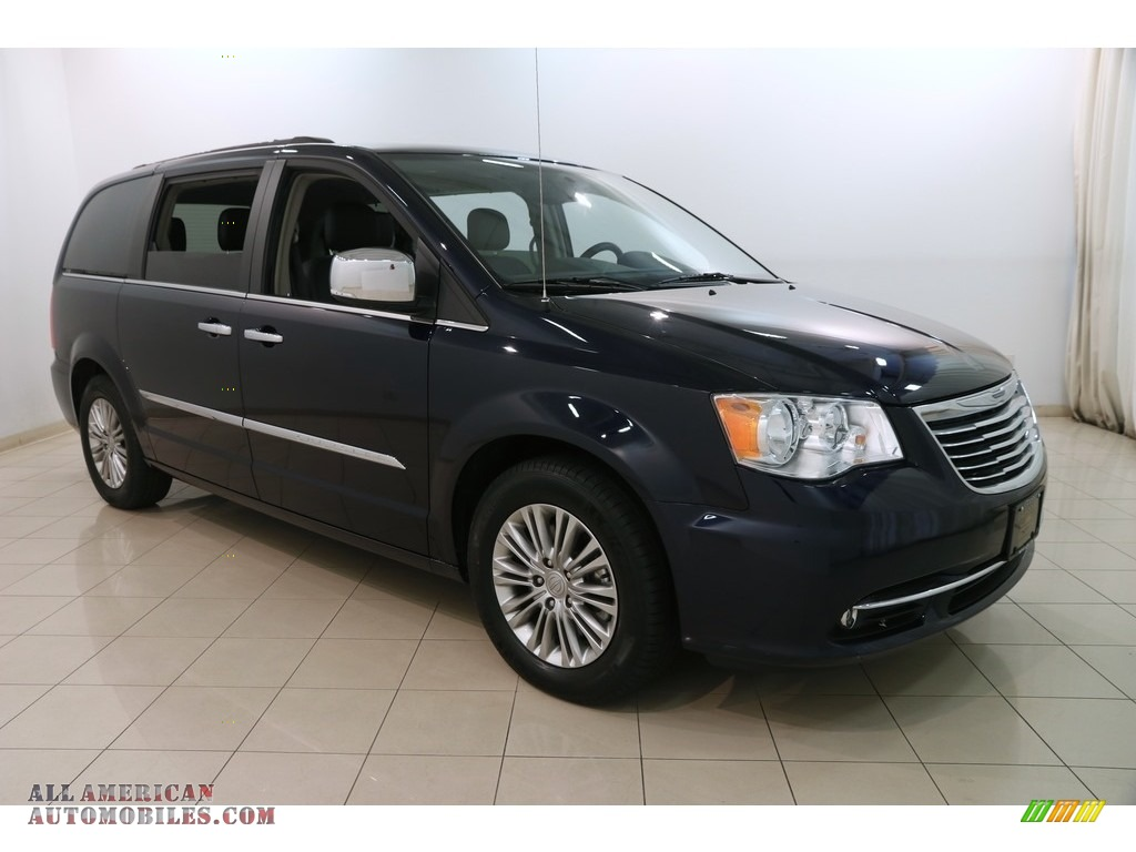 2015 Town & Country Touring-L - True Blue Pearl / Black/Light Graystone photo #1