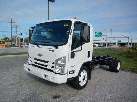 Summit White 2018 Chevrolet Low Cab Forward 4500 Chassis