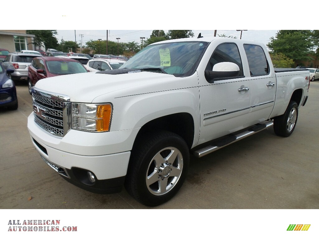 Summit White / Ebony GMC Sierra 2500HD Denali Crew Cab 4x4
