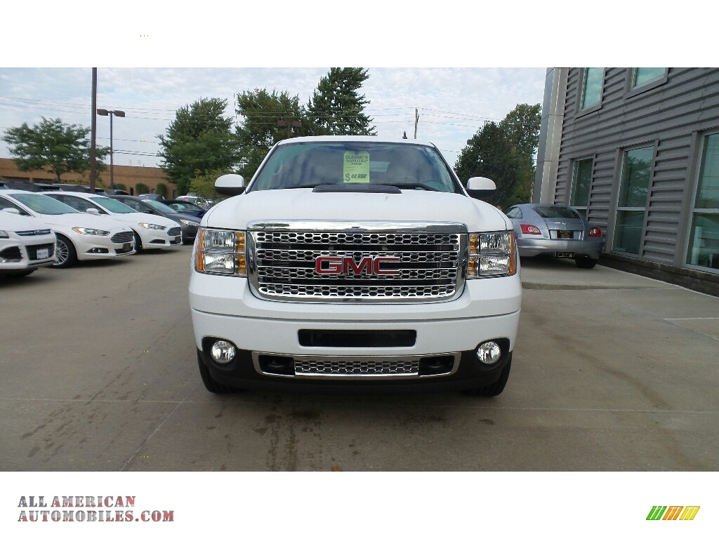 2014 Sierra 2500HD Denali Crew Cab 4x4 - Summit White / Ebony photo #2