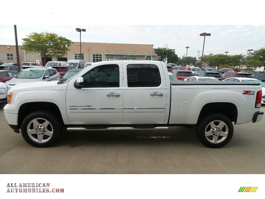 2014 Sierra 2500HD Denali Crew Cab 4x4 - Summit White / Ebony photo #3