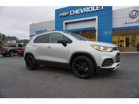 Silver Ice Metallic 2019 Chevrolet Trax LT