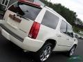 Cadillac Escalade Premium AWD White Diamond Tricoat photo #34