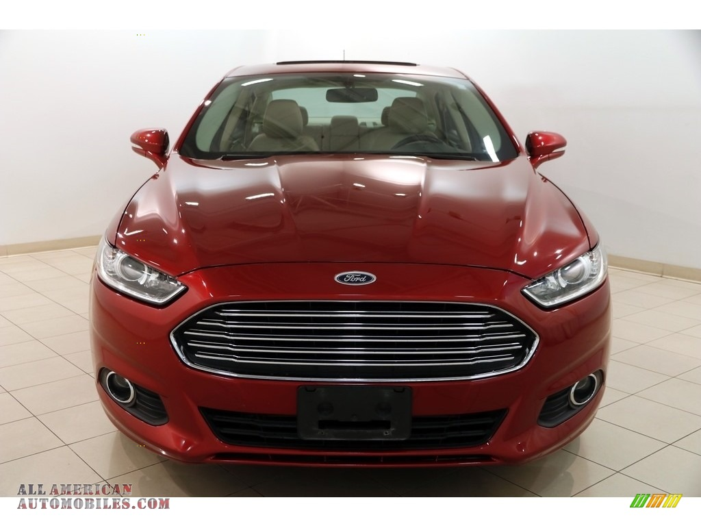 2013 Fusion SE 1.6 EcoBoost - Ruby Red Metallic / Dune photo #2