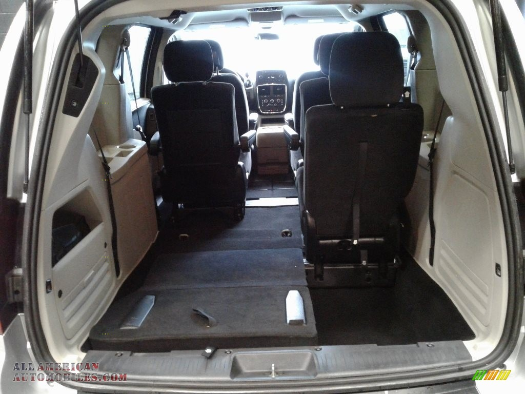 2012 Grand Caravan SXT - Bright Silver Metallic / Black/Light Graystone photo #16
