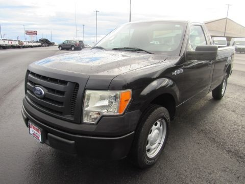 Tuxedo Black 2010 Ford F150 XL Regular Cab