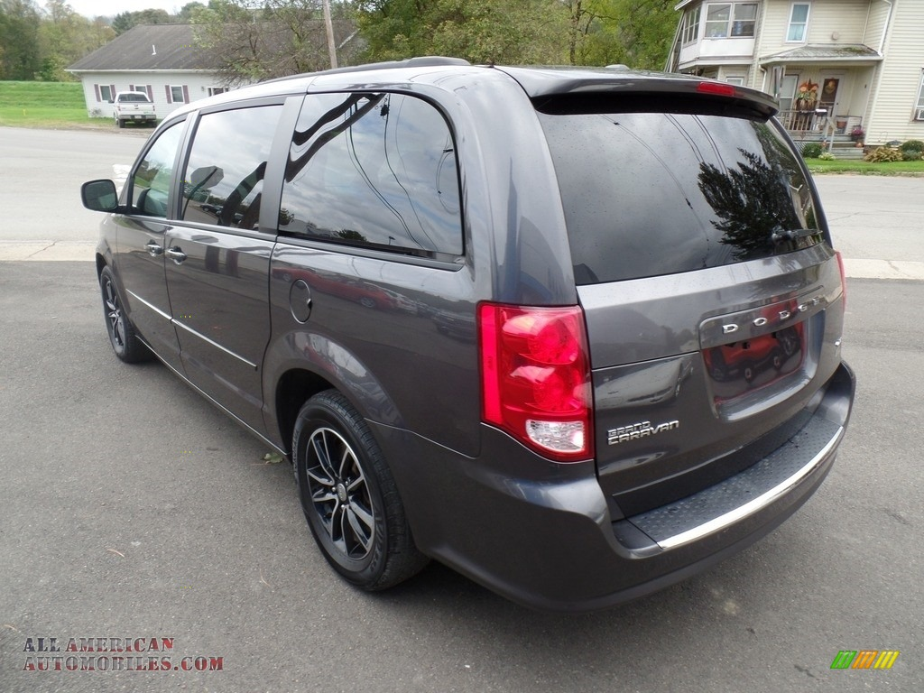 2017 Grand Caravan GT - Granite / Black photo #7