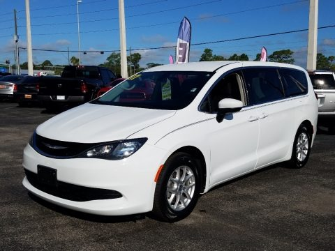 Bright White 2017 Chrysler Pacifica Touring