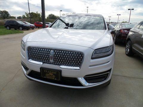 White Platinum 2019 Lincoln Nautilus Select