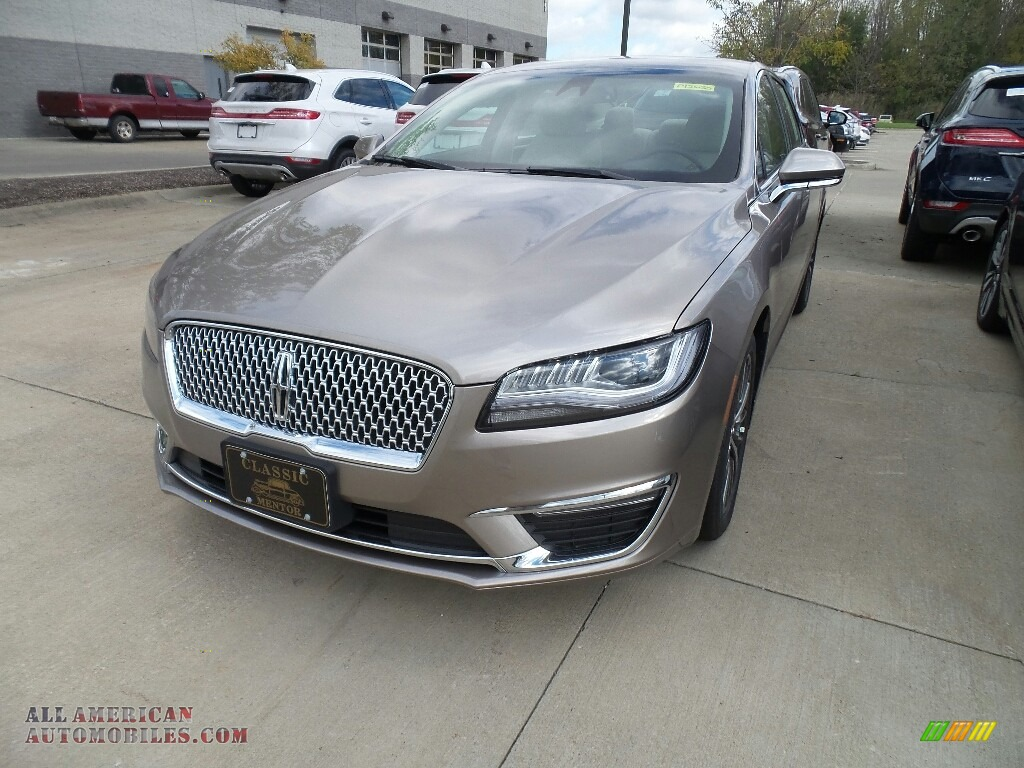 2019 MKZ FWD - Iced Mocha Metallic / Ebony photo #1