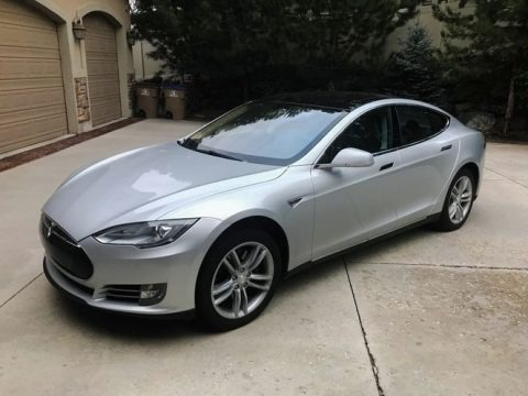 Silver Metallic 2013 Tesla Model S