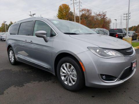 Billet Silver Metallic 2019 Chrysler Pacifica Touring L