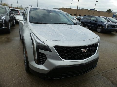 Radiant Silver Metallic 2019 Cadillac XT4 Sport AWD