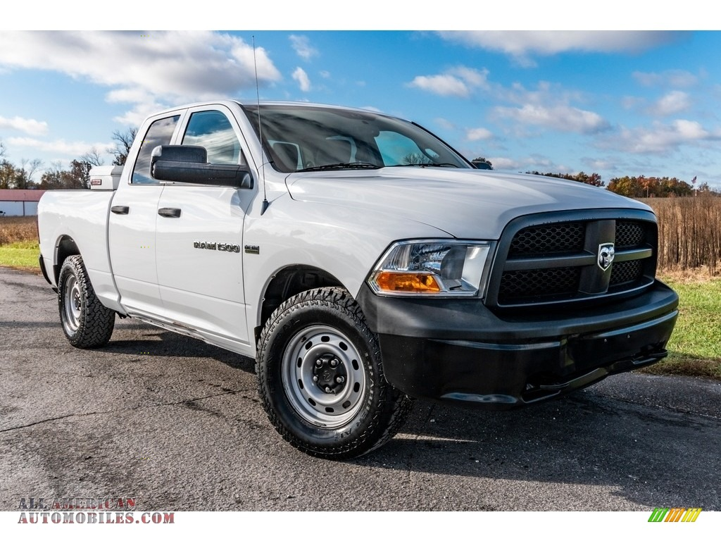 2012 Ram 1500 ST Quad Cab 4x4 - Bright White / Dark Slate Gray/Medium Graystone photo #1