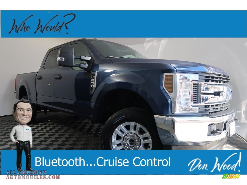 Blue Jeans / Earth Gray Ford F250 Super Duty XLT Crew Cab 4x4